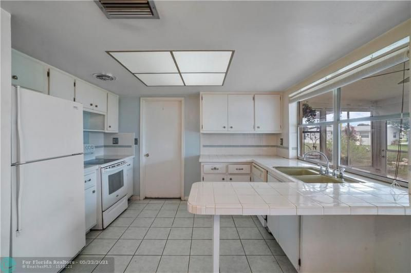 Paradise Gardens Sec 2 for Sale - 6755 NW 15th St, Margate 33063, photo 16 of 27