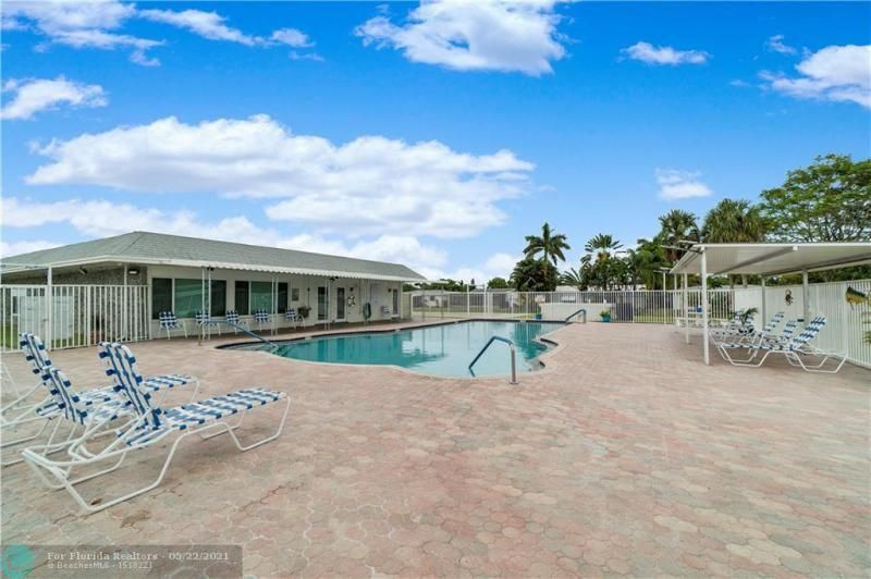 Paradise Gardens Sec 2 for Sale - 6755 NW 15th St, Margate 33063, photo 25 of 27