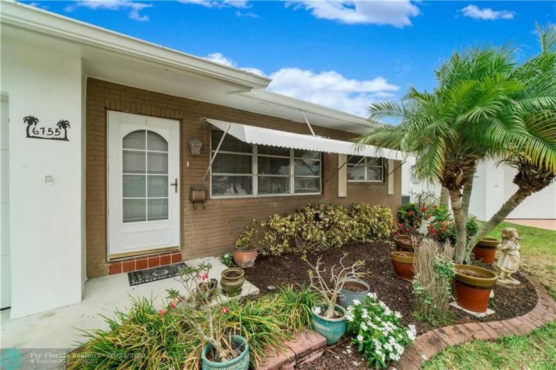 Paradise Gardens Sec 2 for Sale - 6755 NW 15th St, Margate 33063, photo 3 of 27