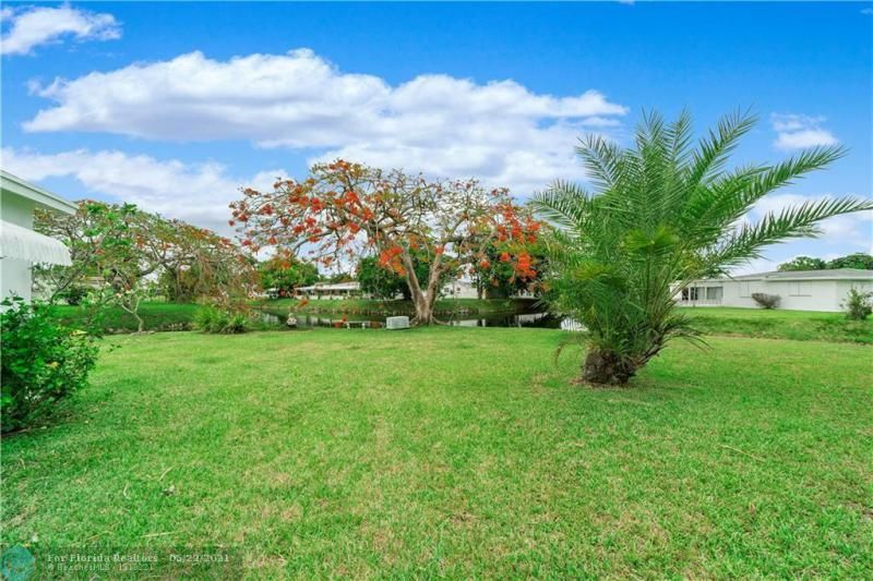 Paradise Gardens Sec 2 for Sale - 6755 NW 15th St, Margate 33063, photo 5 of 27