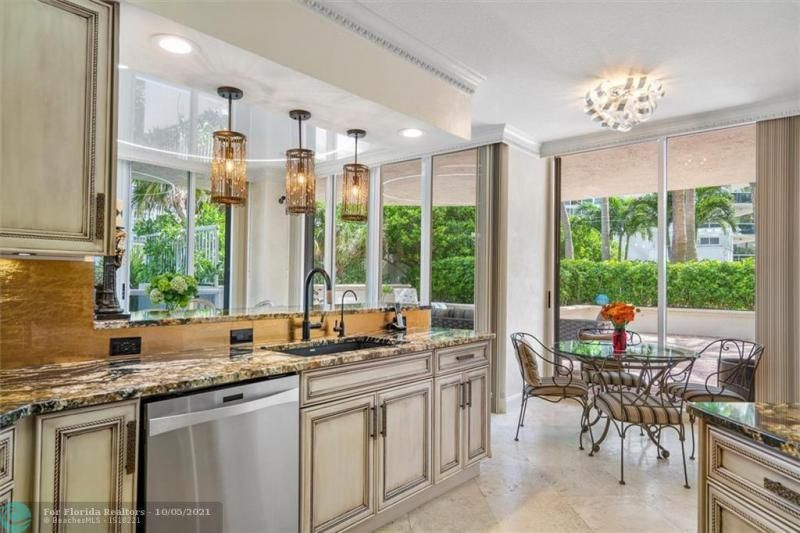 L'Hermitage for Sale - 3100 N Ocean Blvd, Unit 301, Fort Lauderdale 33308, photo 13 of 54