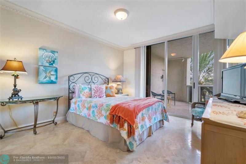 L'Hermitage for Sale - 3100 N Ocean Blvd, Unit 301, Fort Lauderdale 33308, photo 24 of 54