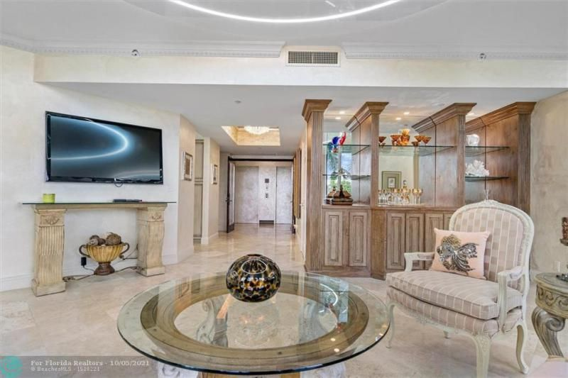 L'Hermitage for Sale - 3100 N Ocean Blvd, Unit 301, Fort Lauderdale 33308, photo 7 of 54