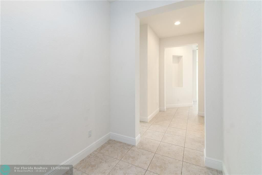 Heron Bay for Sale - 11220 NW 82nd Pl, Parkland 33076, photo 13 of 48