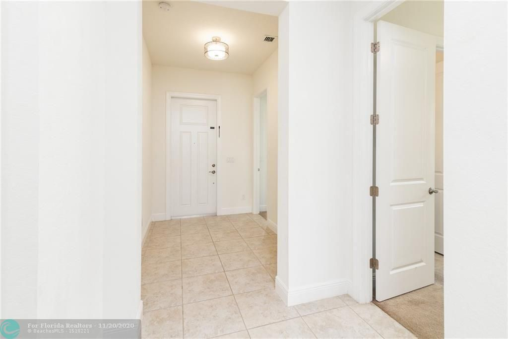 Heron Bay for Sale - 11220 NW 82nd Pl, Parkland 33076, photo 14 of 48