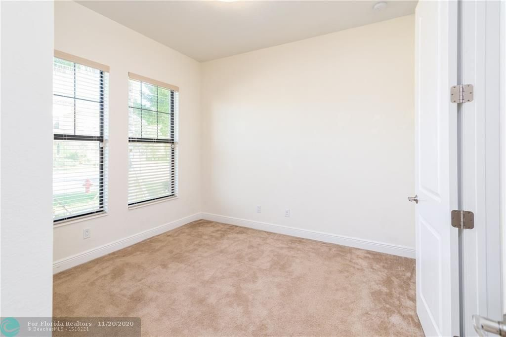 Heron Bay for Sale - 11220 NW 82nd Pl, Parkland 33076, photo 15 of 48