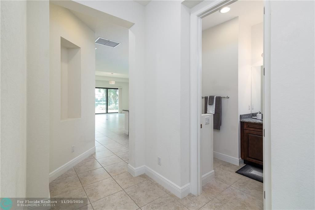 Heron Bay for Sale - 11220 NW 82nd Pl, Parkland 33076, photo 22 of 48