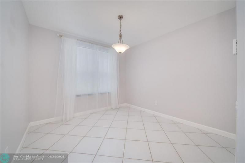 Hollywood Beach Park No 2 for Sale - 800 NATURE'S COVE RD, Dania 33004, photo 21 of 47