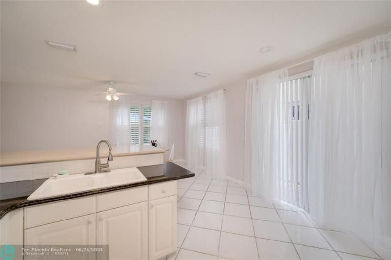 Hollywood Beach Park No 2 for Sale - 800 NATURE'S COVE RD, Dania 33004, photo 26 of 47