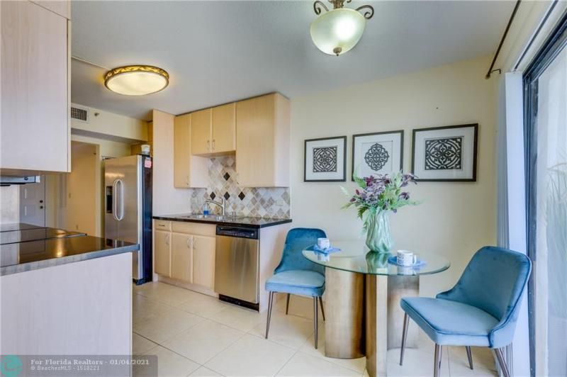 Summit for Sale - 1201 S Ocean Dr, Unit 1210N, Hollywood 33019, photo 13 of 36