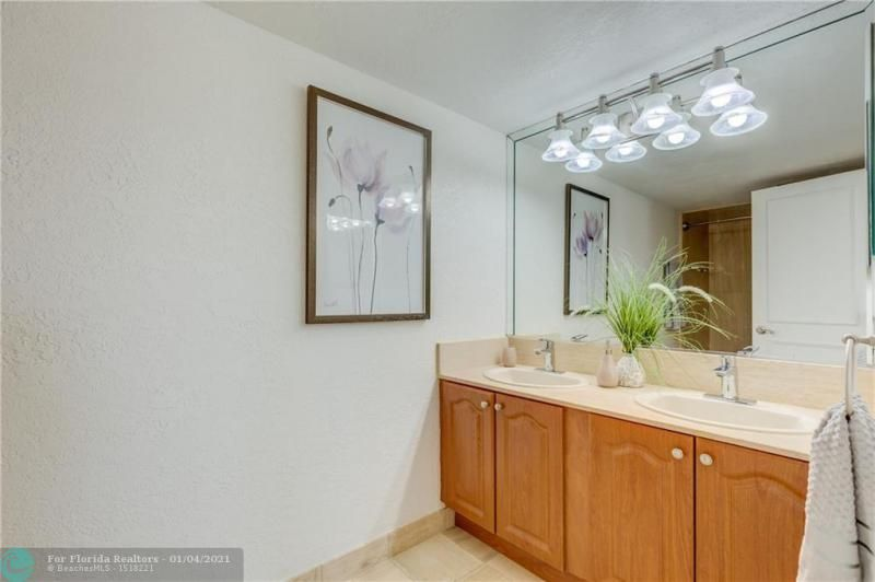 Summit for Sale - 1201 S Ocean Dr, Unit 1210N, Hollywood 33019, photo 26 of 36