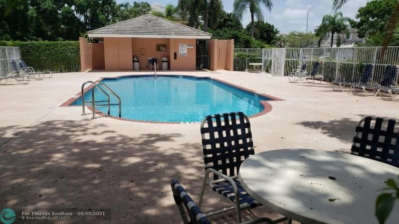 Winston Park Sec One 131- for Sale - 5205 NW 54th St, Coconut Creek 33073, photo 6 of 7