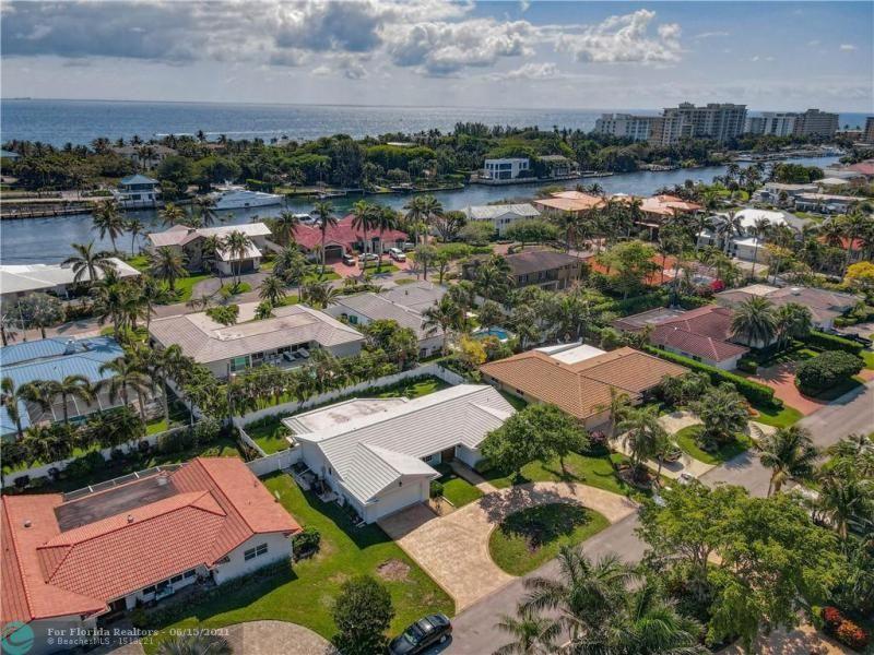 Venetian Isles for Sale - 4430 NE 30th Terrace, Lighthouse Point 33064, photo 6 of 48
