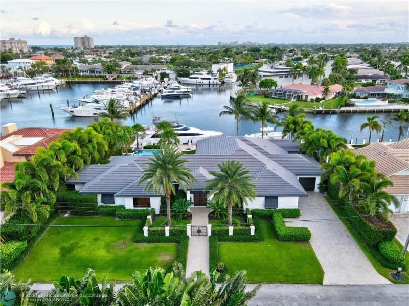 Venetian Isles for Sale - 2840 NE 44th St, Lighthouse Point 33064, photo 2 of 85