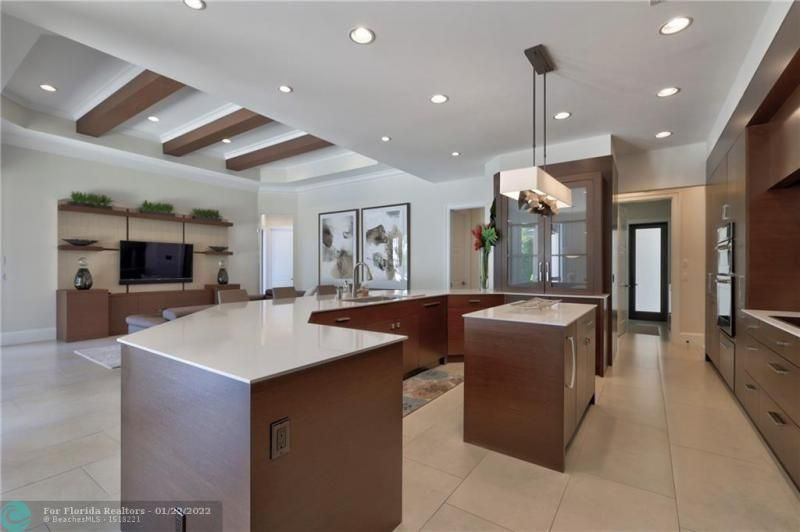 Venetian Isles for Sale - 2840 NE 44th St, Lighthouse Point 33064, photo 20 of 85