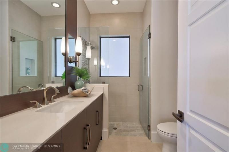 Venetian Isles for Sale - 2840 NE 44th St, Lighthouse Point 33064, photo 52 of 85