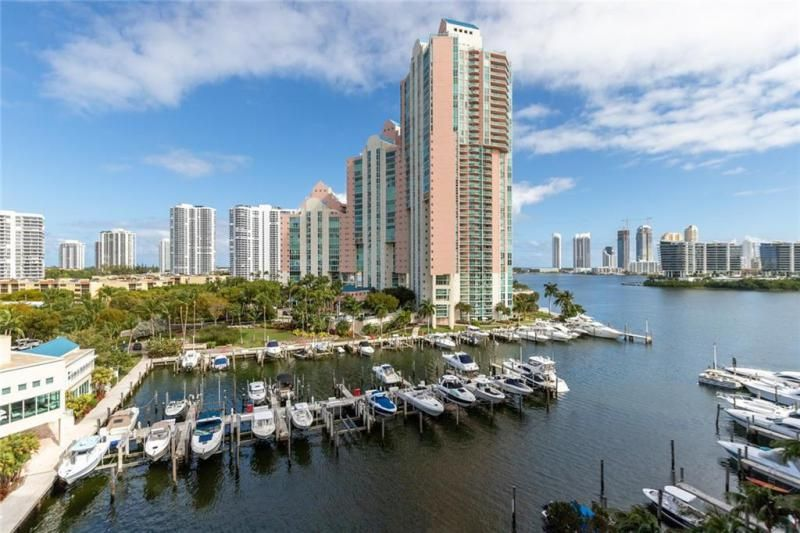 Aventura Marina for Sale - 3340 NE 190th St, Unit 807, Aventura 33180, photo 1 of 34