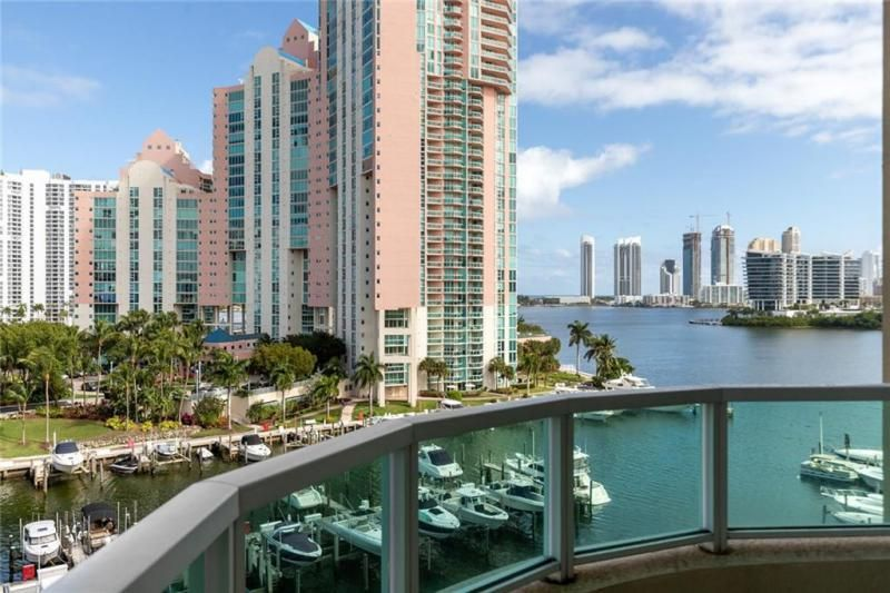 Aventura Marina for Sale - 3340 NE 190th St, Unit 807, Aventura 33180, photo 2 of 34