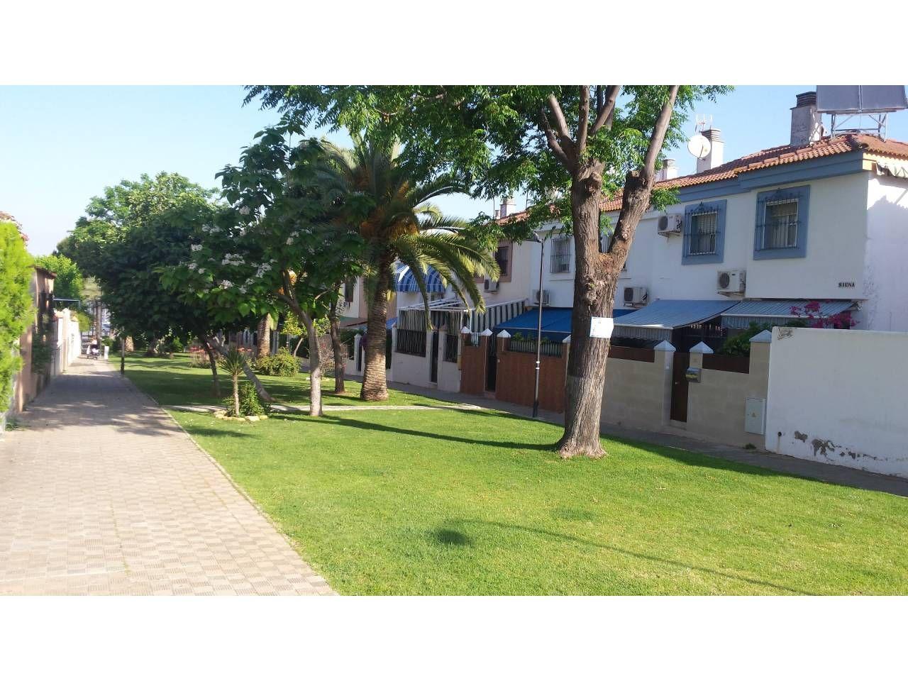 SEVILLA MONTEQUINTO Casa , independiente con 128 m2,   - Foto 1