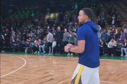 像投罰球一樣輕鬆!Stephen Curry 熱身時段連續命中三球 Logo Shot