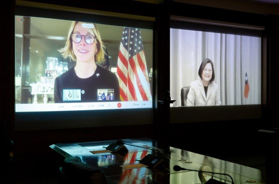 台湾总统蔡英文与美国驻联合国常任代表克拉夫特大使1月14日进行视频谈话。(图片来源 台湾总统府网站)