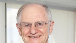澳大利亚国立大学经济学教授德赖斯代尔(Peter Drysdale) (照片提供: 德赖斯代尔)