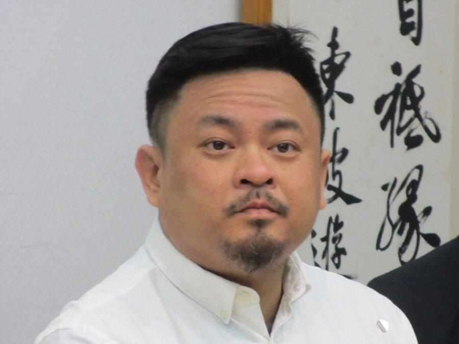 台湾执政党民进党立委洪申翰(美国之音张永泰拍摄)