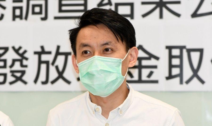 """香港民主主席罗健熙表示,新选举制度根据立法会直选议席席减少,香港民意可以进入制度的声音亦有所取代,他认为是民主倒退,形容是""""伤感的一日""""(美国之音/汤惠芸)"""