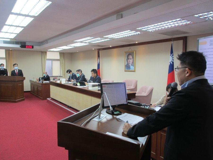 台湾立法院内政委员会3月22日质询的情形(美国之音张永泰拍摄)