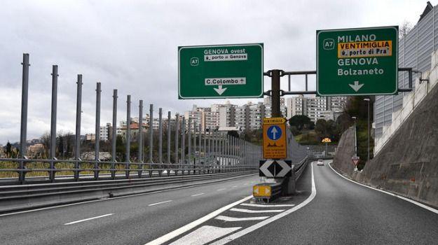 A12 prolungata chiusura allacciamento A7 Genova