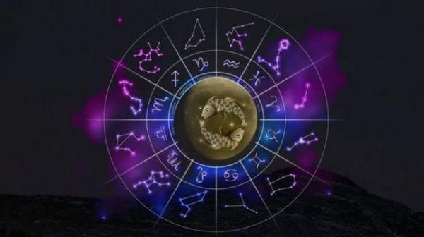 Oroscopo di oggi, 22 luglio 2021: fortuna per il Capricorno, gli astri segno per segno