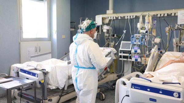 Coronavirus: in Sicilia nuovi 719 casi e sale il tasso di positività, crescono ancora i ricoveri