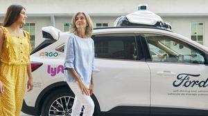 Ford alleata con AI e Lyft per servizio robotaxi entro 2021