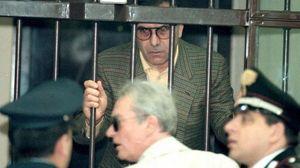 Mafia: Leoluca Bagarella aggredisce un agente in carcere a Sassari