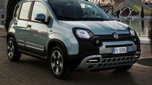 Auto, mercato Italia: ad agosto sempre più ibridi e suv
