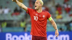 Lo svizzero Xhaka positivo al Covid, è tra calciatori