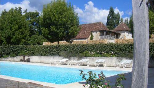 Loue maison Périgord avec piscine proche Bergerac 8-10couchages