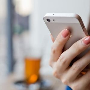 Дали нашите смартфони нe прислушуваат?