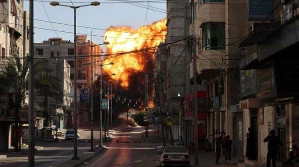 Sale la tensione tra Israele e Palestina. Almeno 10 i morti: 8 bambini, 2 donne