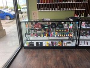 Visit our vaping experts and select your new e-juice.