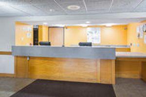 Image 5   Quality Inn & Suites