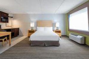 Image 8   Holiday Inn Express & Suites Wheat Ridge-Denver West, an IHG Hotel