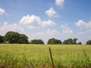 Looking for that perfect place in the country? Let us help you with your search.
