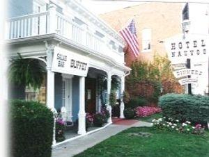 Hotel Nauvoo Historic Inn & Restaurant