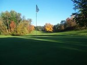 18 Holes of great golf nestled in the hills of Lowell, MI.  Just minutes from downtown Grand Rapids.