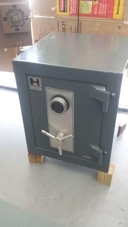 Image 3   SafeCo- Safes, Remotes and Keys