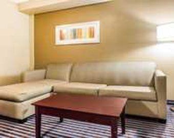 Image 25 | Comfort Inn & Suites Ballpark Area