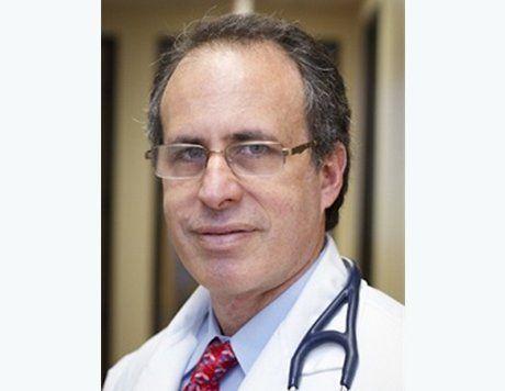 Adam Karns, MD is a Internist serving Los Angeles, CA