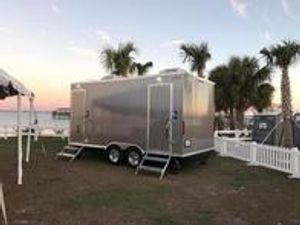 Mobile Deluxe Restrooms
