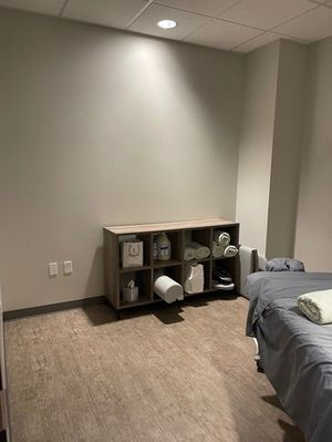 The Glow Method-surprise-AZ-spa room